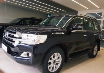 Toyota Land Cruiser Suv в Челябинске