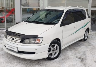 Toyota Ipsum в Новосибирске