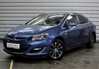 Opel Astra Sedan в Москве