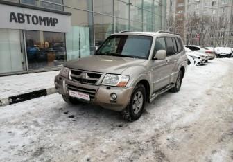 Mitsubishi Pajero в Москве