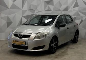 Toyota Auris Hatchback в Кирове