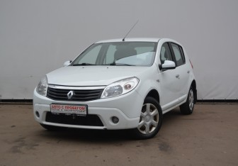 Renault Sandero в Дмитрове