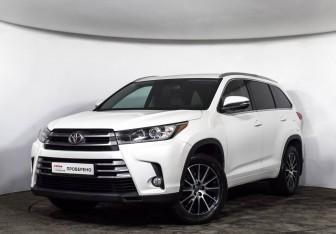 Toyota Highlander в Москве