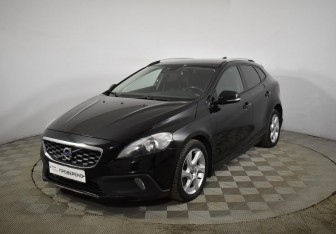 Volvo V40 Cross Country в Санкт-Петербурге