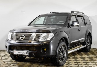 Nissan Pathfinder в Москве