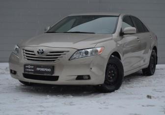 Toyota Camry Sedan в Москве