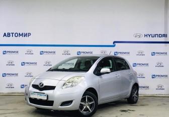 Toyota Vitz в Новосибирске