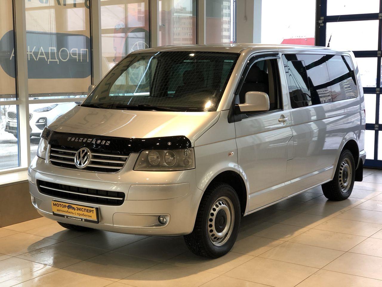 Volkswagen Caravelle 2003 - 2009