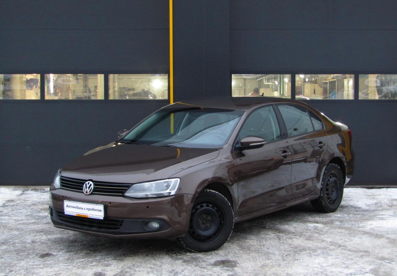 Volkswagen Jetta Sedan 2010 - 2015