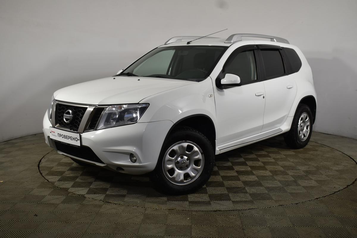 Nissan Terrano Regulus