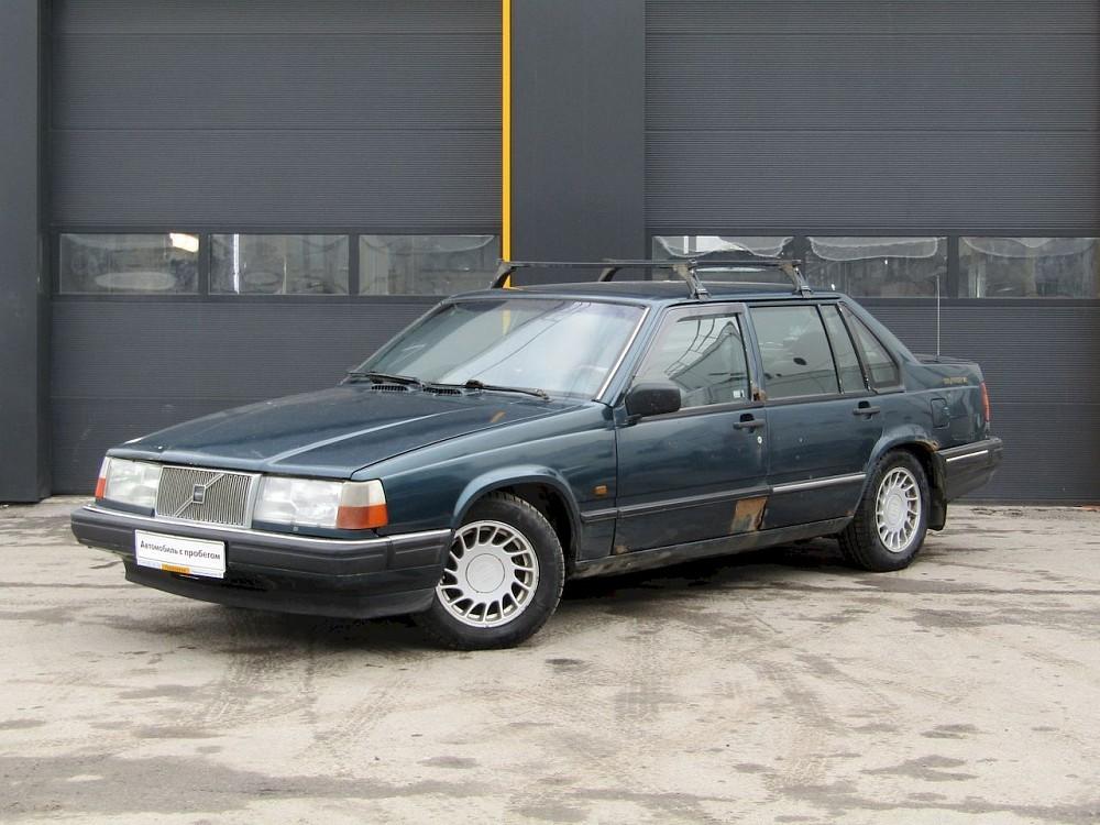 Volvo 940 Sedan 1988 - 1998