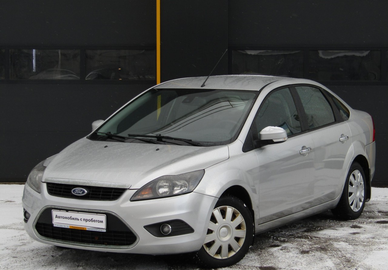 Ford Focus Sedan 2007 - 2011