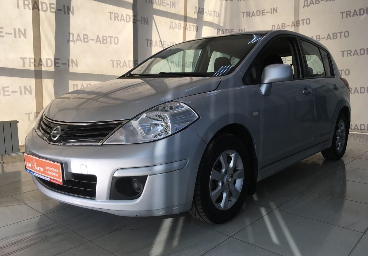 Nissan Tiida Hatchback 2010 - 2013