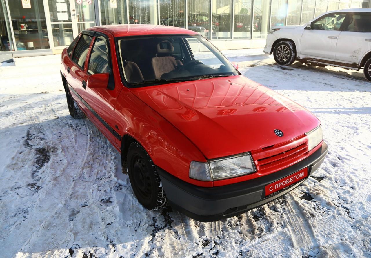 Opel Vectra Liftback 1988 - 1995