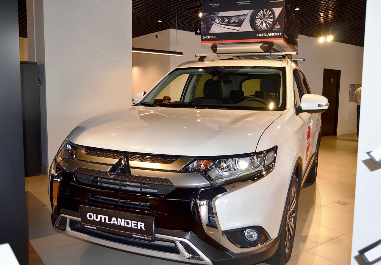 Mitsubishi Outlander 2018 - по н.в.